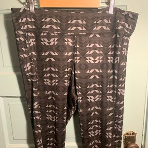 Old Navy yoga pants 3x